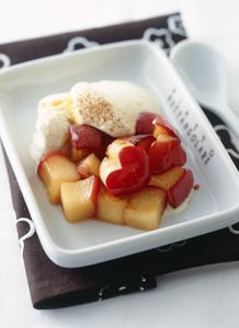焼きりんごのデザート